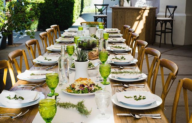 Because who doesn't love a beautiful tablescape?