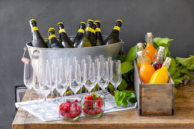 What's a Sunday brunch without a mimosa bar?  #catering #mimosa #F10Creative