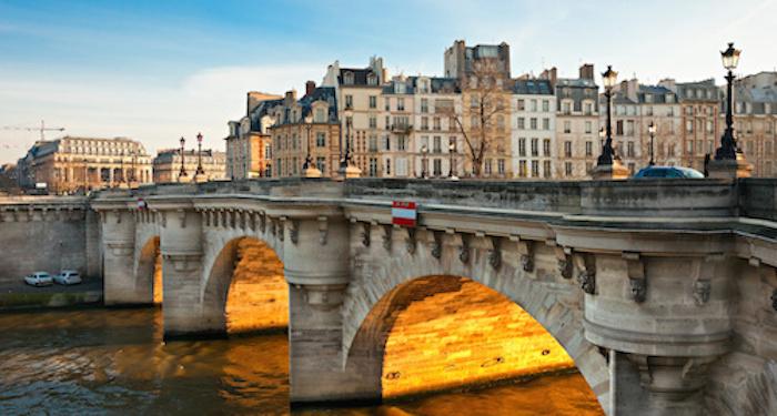 FRANCE : LIBERTÉ, ÉGALITÉ, FRATERNITÉ