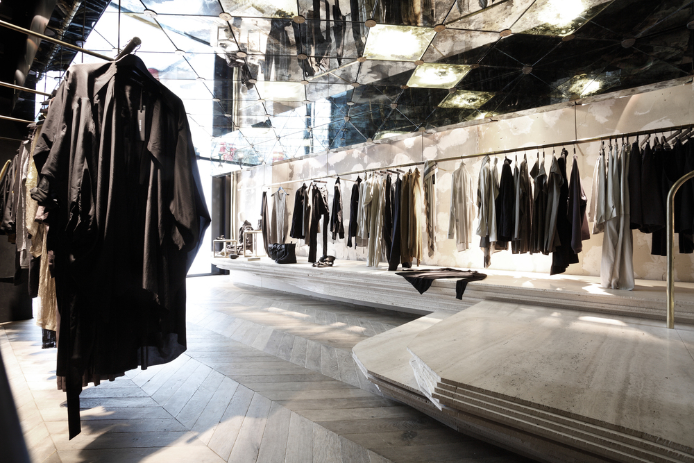 06Damir Doma_Cut architectures_© David Foessel_022.jpg