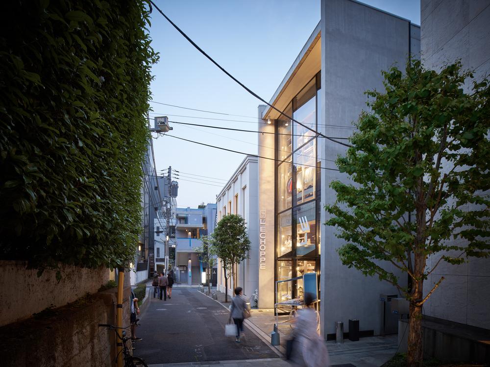 47_Cut Architectures_ l Echoppe Tokyo52 Copyright David foessel.jpg