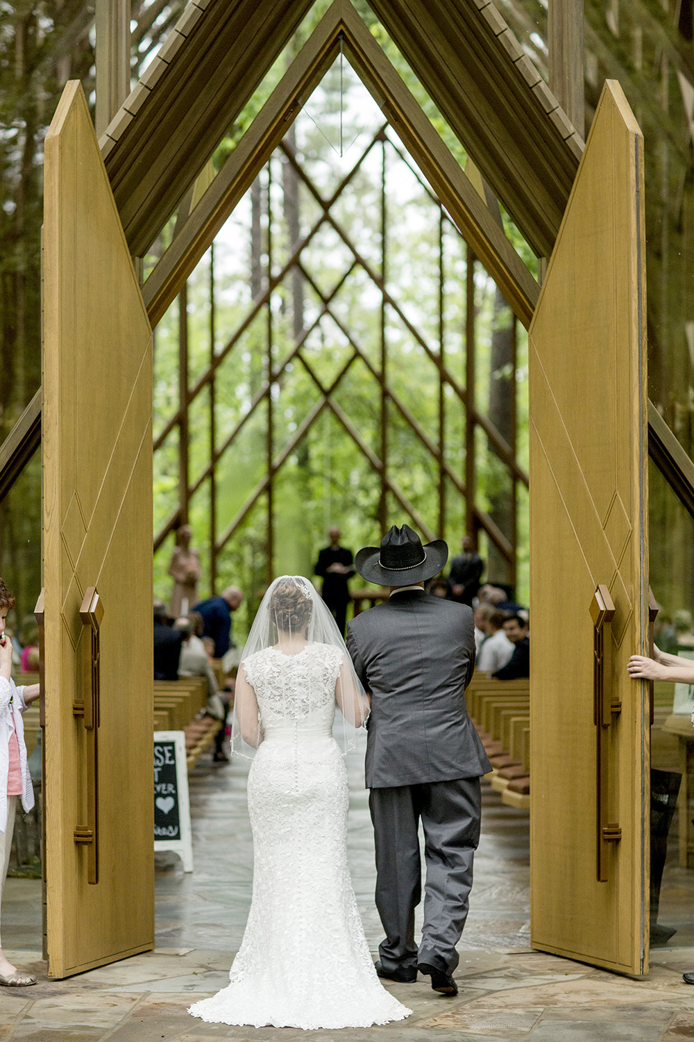 Garvan_Gardens_Wedding_Lindsey_Mark_33.JPG