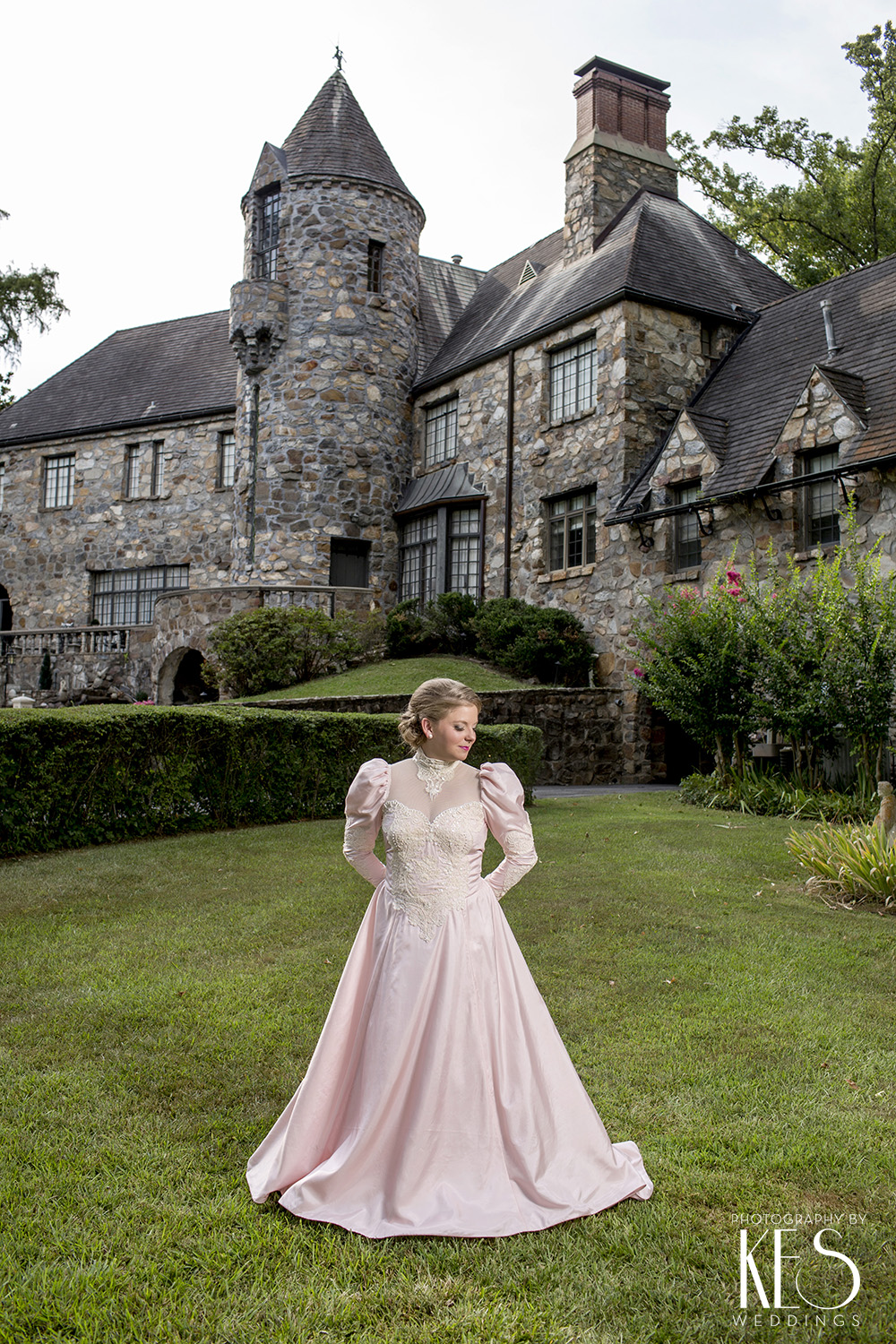Daisy_Bridals_Castle_at_Stagecoach_1.JPG