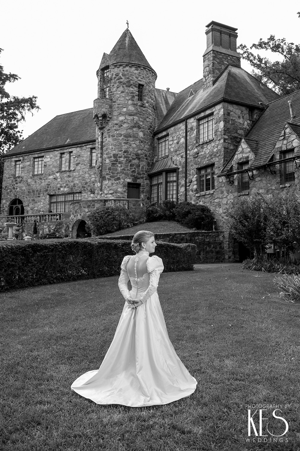 Daisy_Bridals_Castle_at_Stagecoach_3.JPG