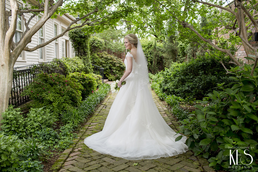 Bridals with Caroline Trapnall Hall8.JPG