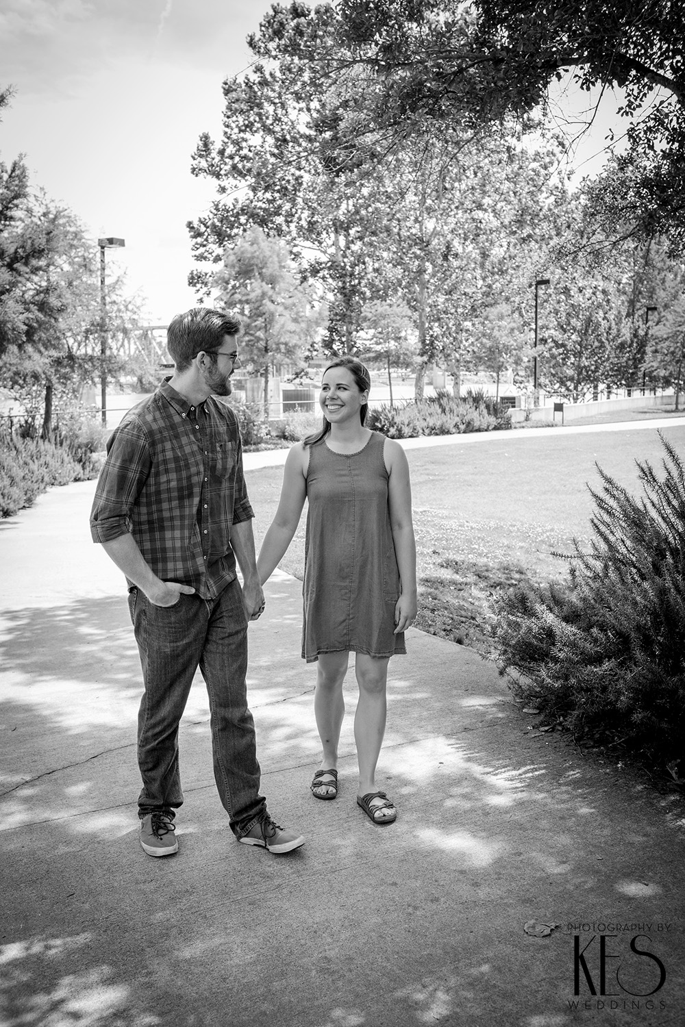Sarah_Matt_Engagements_Little_Rock_River_Market_15.JPG