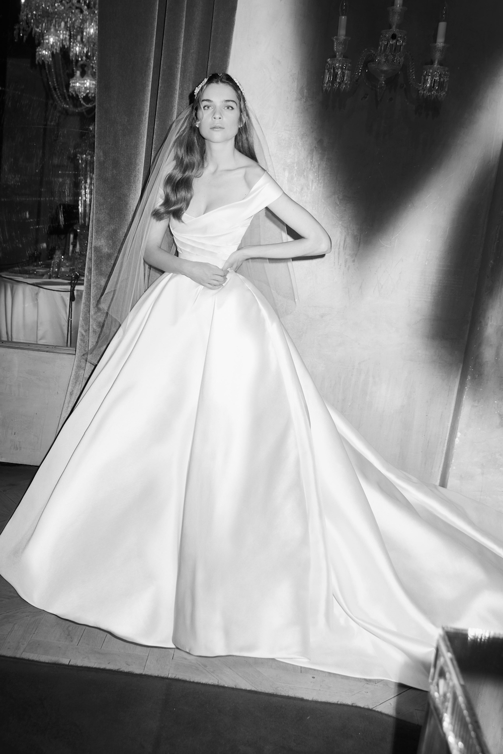 studio-ohlala-wedding-beauty-business-tips-blog-paris-wedding-dress-elie-saab.jpg