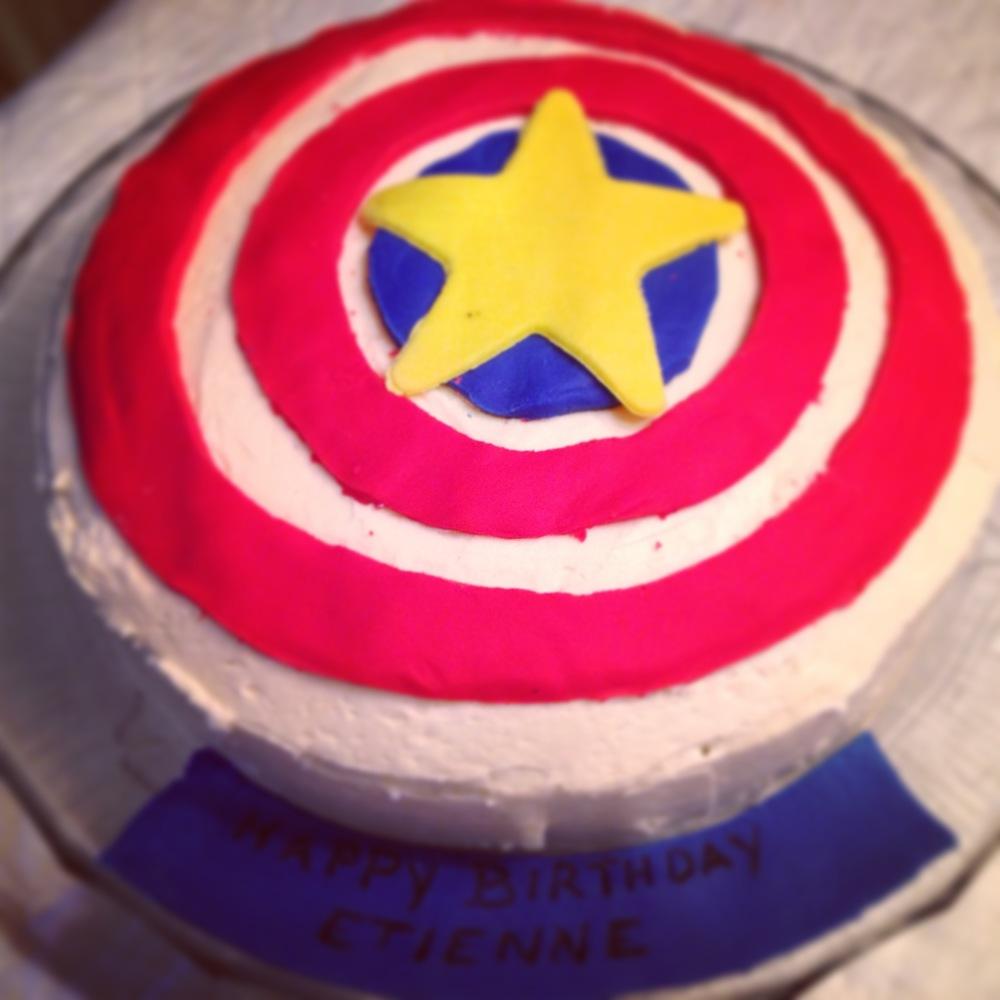 CaptainAmericaCake.JPG