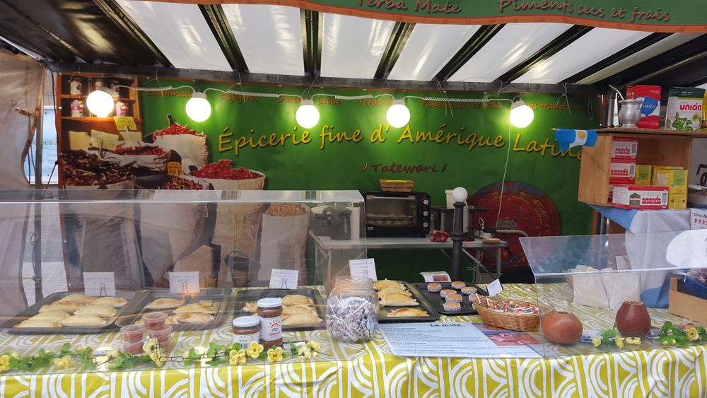 Market stall selling Argentinean specialties