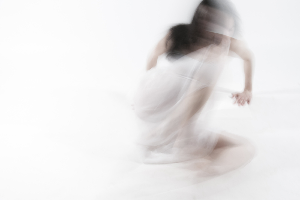 INTROSPECTION/ DANSE POUR S'OUBLIER (2013) PHOTOGRAPHY 60X80 CM