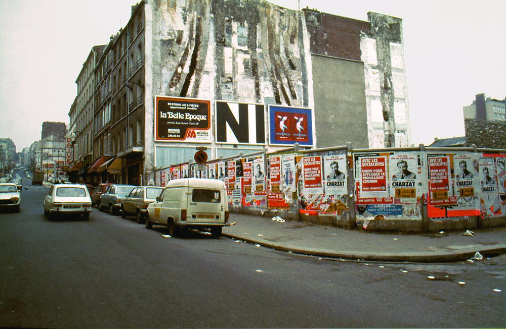 CITY PERFORMANCE  N1 (1977-1978) URBAN INTERVENTION, 54 BILLBOARDS, 300 X 400 CM