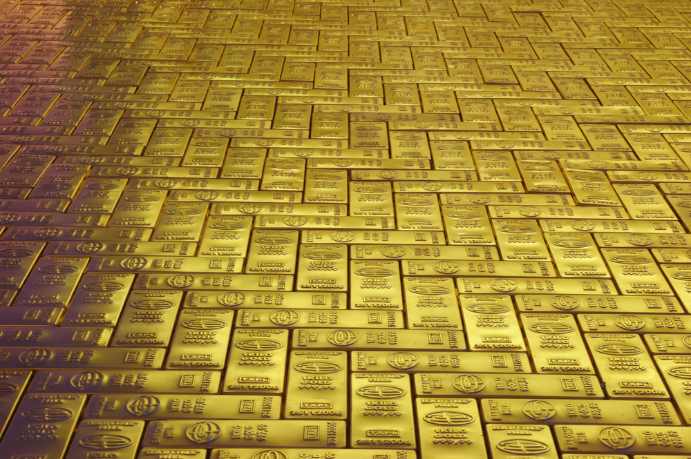Dream Floor (2006) Neue Nationalgalerie in Berlin, 8x10m, pressed brass,wood