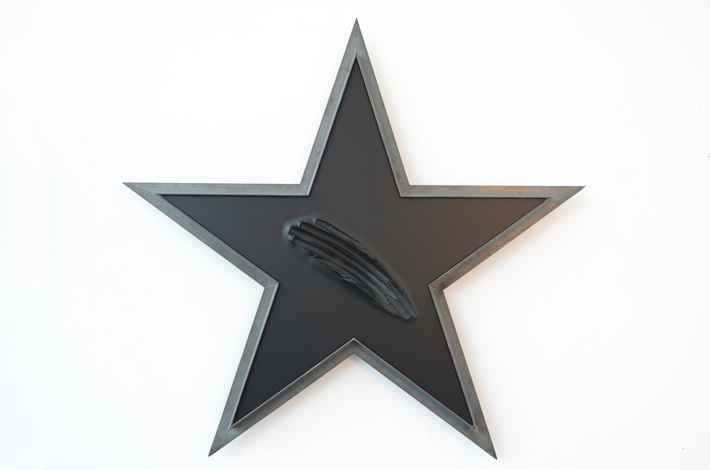 SUPERSTAR/ IRON/ RESIN/ WOOD/ 2015-2016 /100 (H) X105X7 CM