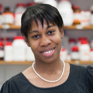 Heather W. Pinkett, GR'04