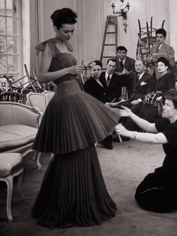 the-history-of-haute-couture.jpg