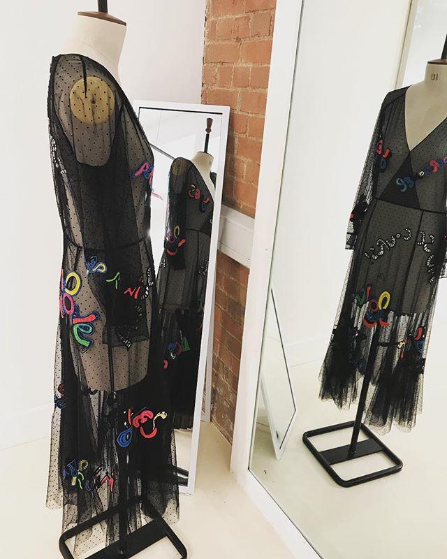 Oh my @dior 😍 . . . #womenswear #pun #fashionisart #reclaimyourwardrobe #londontailor #alterationspecialist #fashionstudio #workroom #fashionista #couture #alterationisthenewbespoke #dior #londonfittingrooms #teamlfr