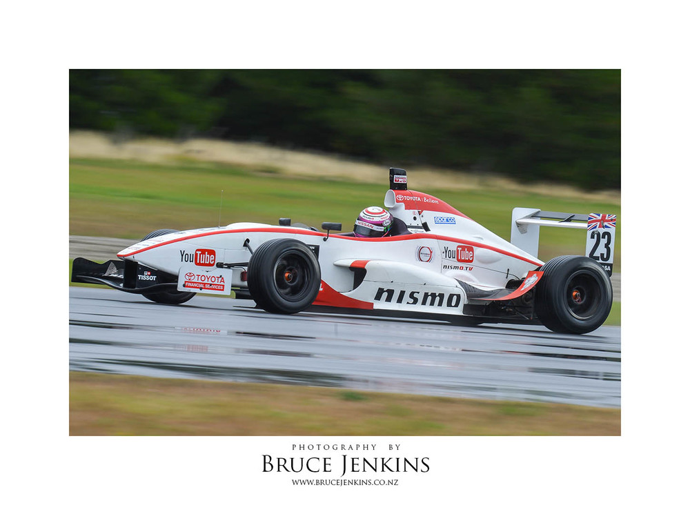 Jann Mardenborough racing his TRS car at Highlands Park, Cromwell in 2014, photo by Bruce Jenkins