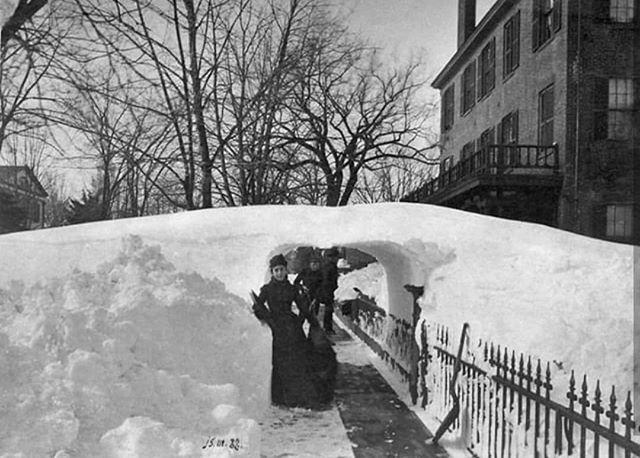 Great blizzard of 1888 in NYC #nevertoofar . . . . #travel #adventure #wanderlust #leather #handmade #nyc #bushwick hwick #travelphotography #travler #wanderer #bravogreatphoto #scout #natureaddict #apexcaptures #vanlife #nomadiclife #liveadventurously #wildme #earthfocus #keepitwild #getoutdoors