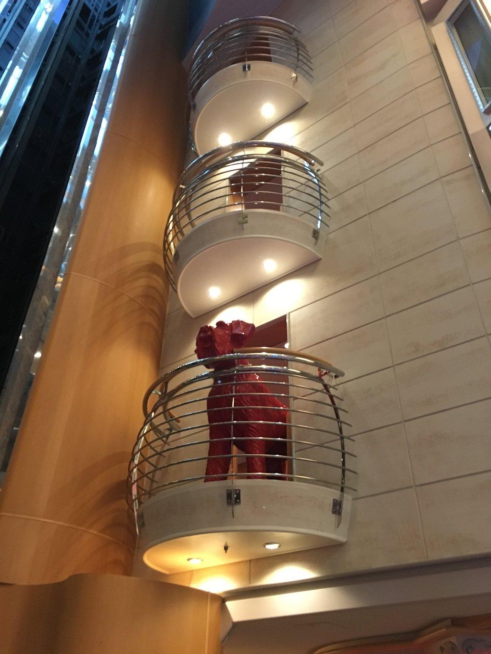 Bow WOW! promenade elevator overlook (k klofft)