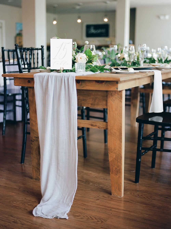 Farm House Table Hess 3 .jpg