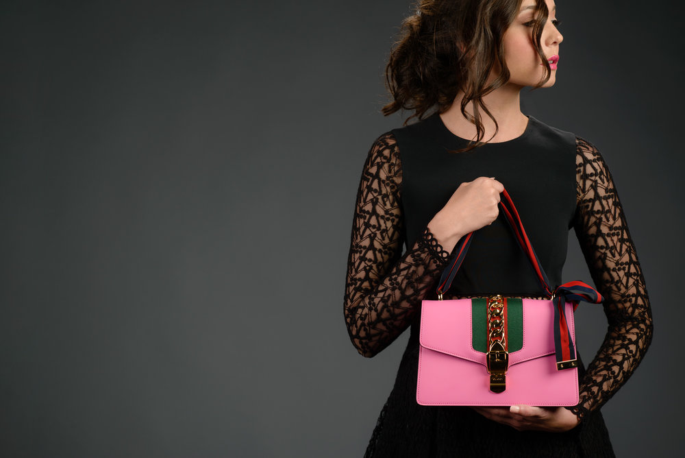 fashion-black-dress-pink-gucci-purse.jpg