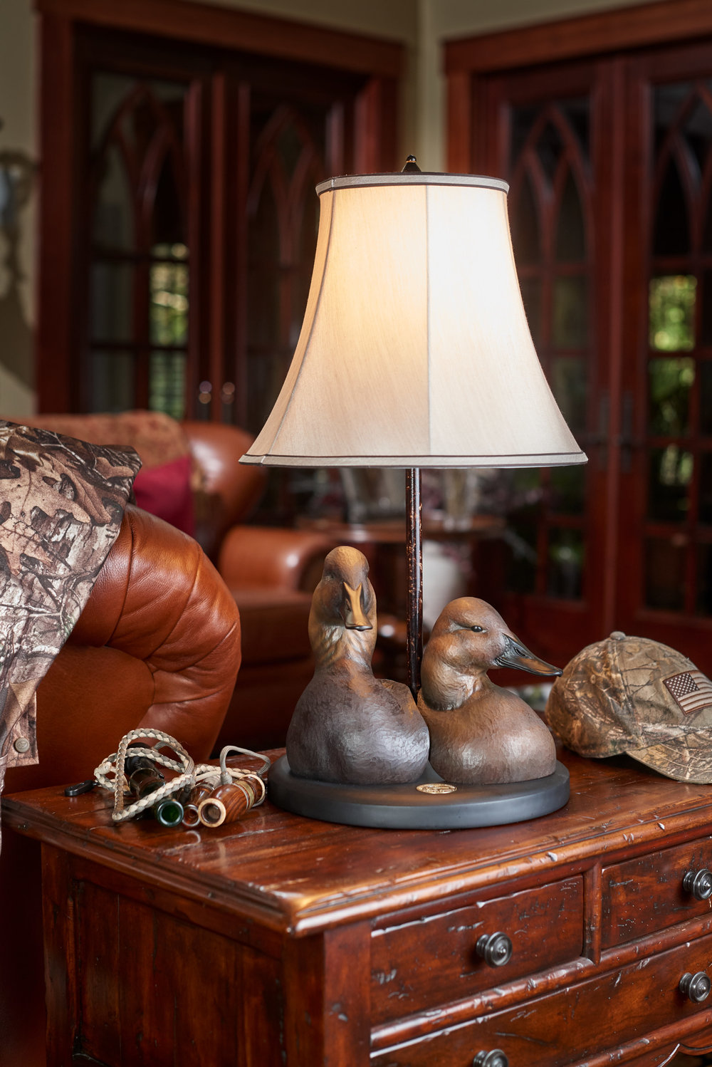 ducks-unlimited-auction-canvasback-lamp.jpg