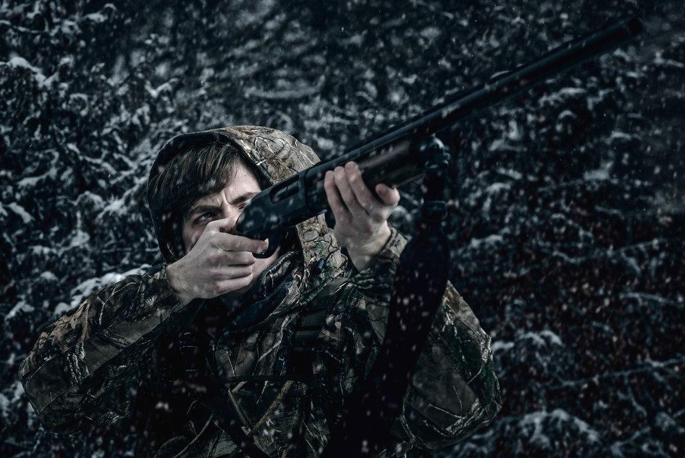 sports-outdoors-hunting-shotgun-snow-sam