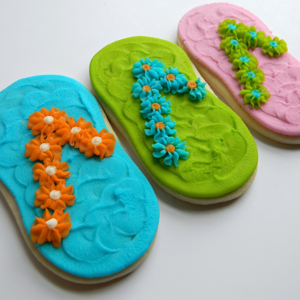 clothing.cookies.flipflop.jpg
