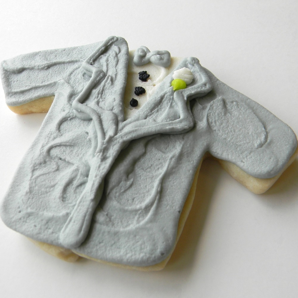 Wedding.cookies.tux.gray.jpg