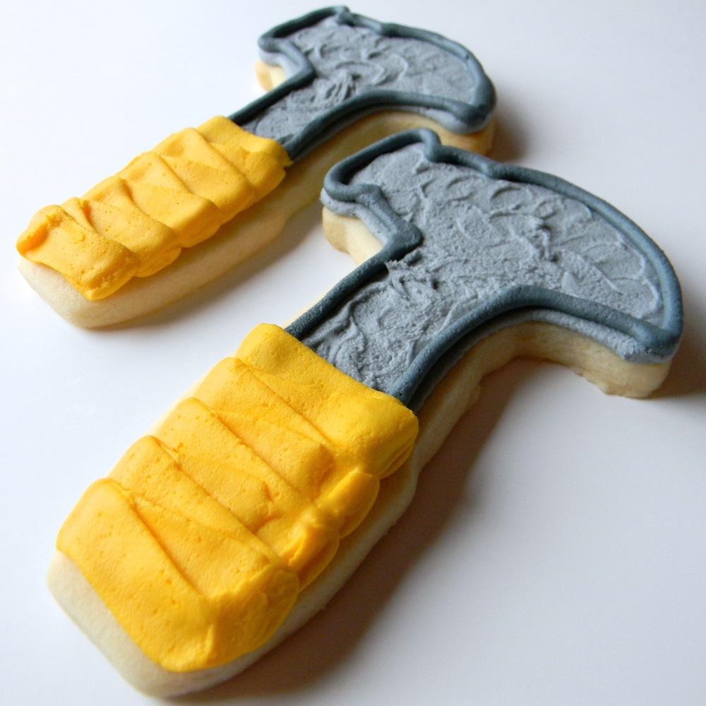 Seasonal.Fathersday.cookies.hammer.jpg