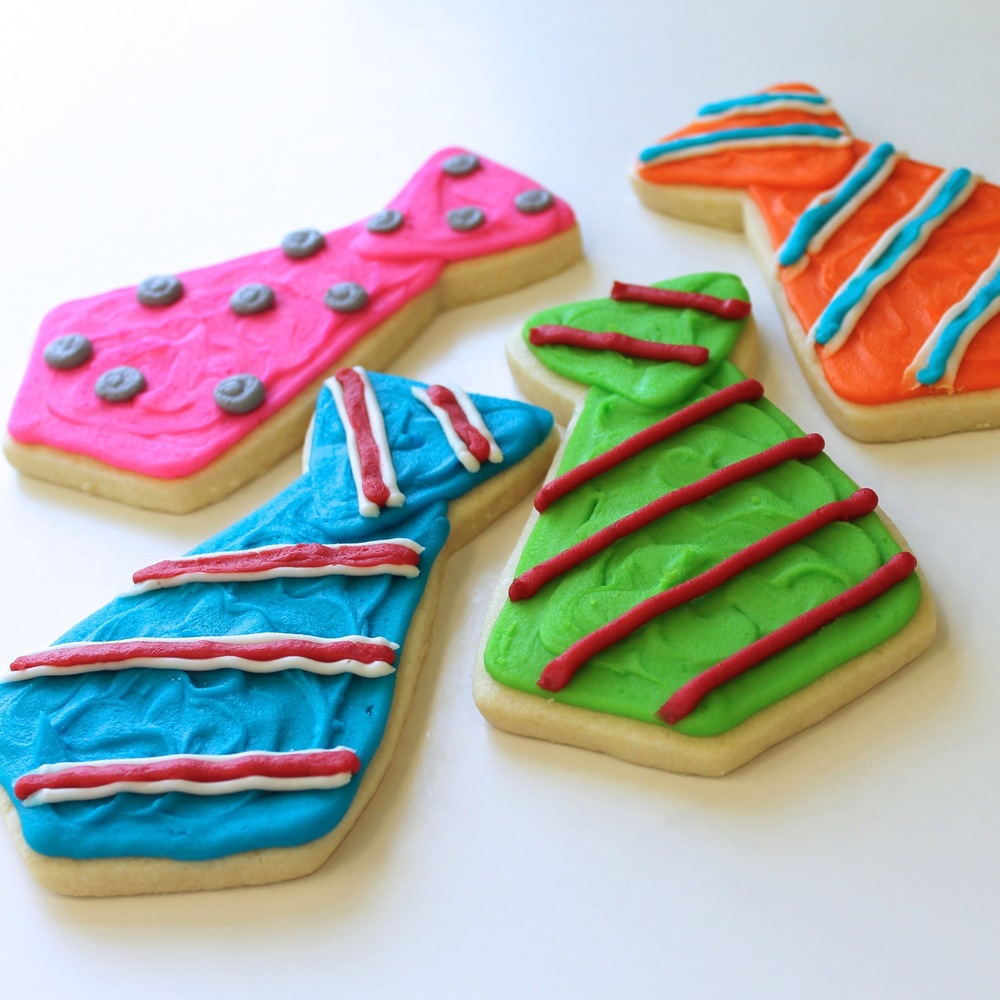 Seasonal.Fathersday.cookies.necktie.jpg
