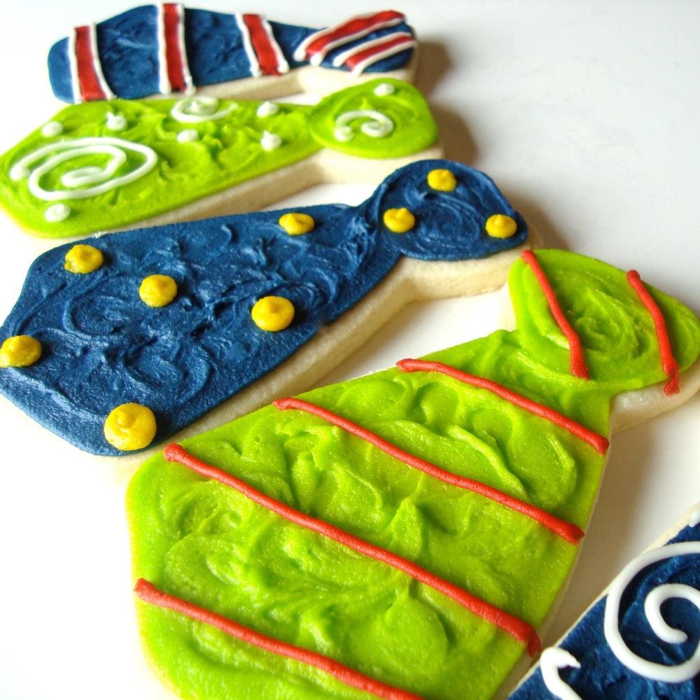 Seasonal.Fathersday.cookies.necktie.2.jpg