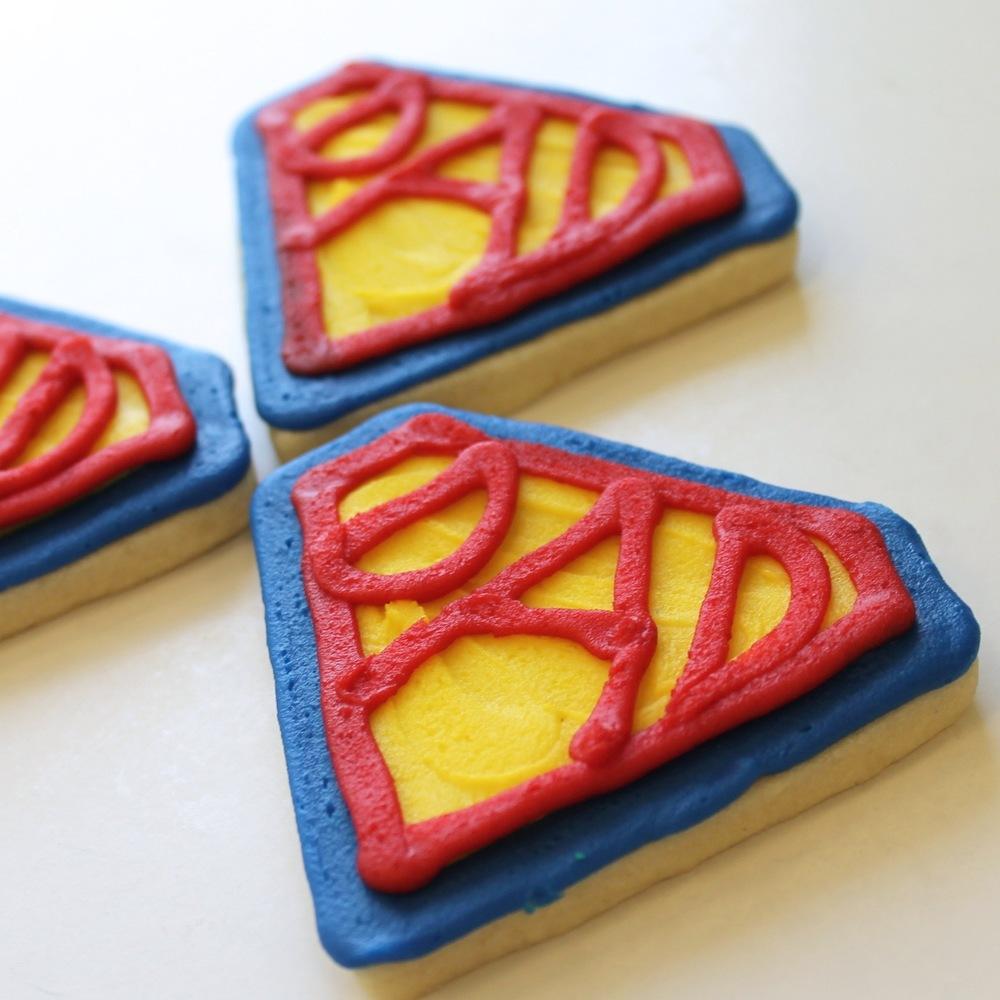 Seasonal.Fathersday.cookies.superdad.jpg
