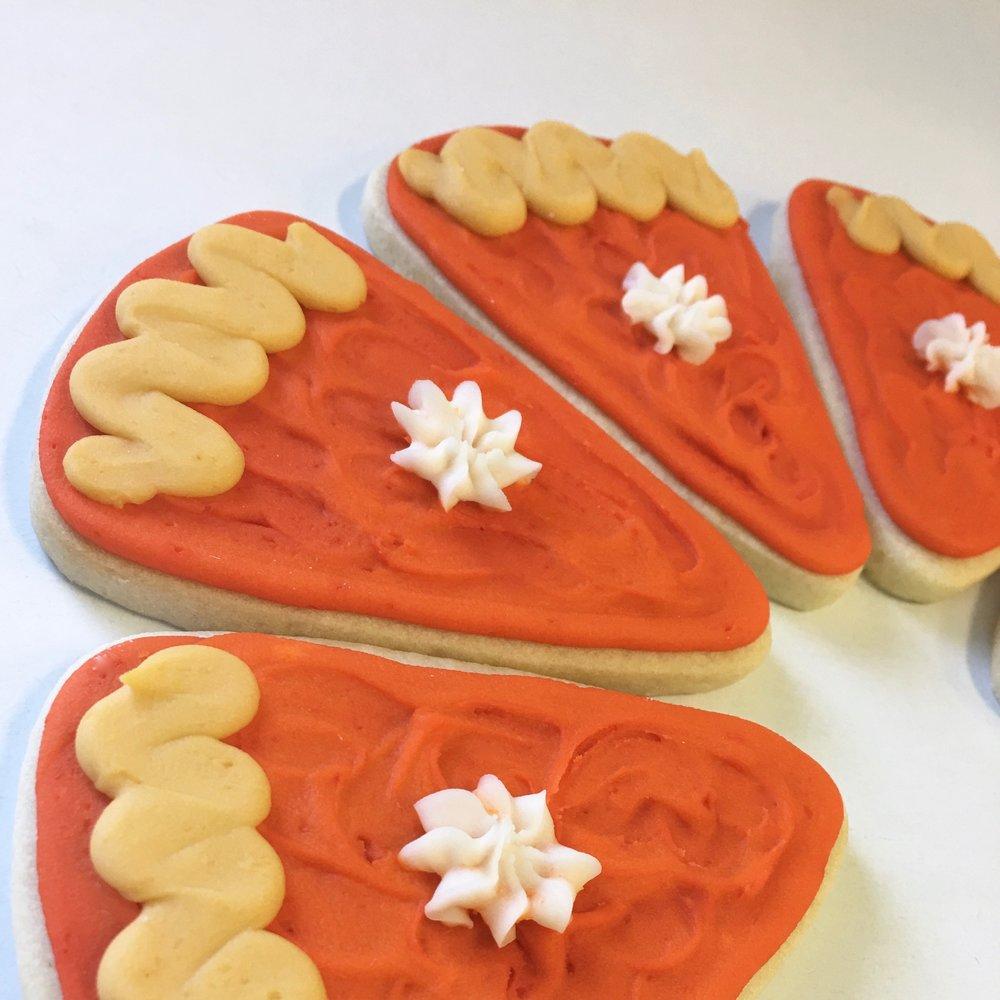 Seasonal.Thanksgiving.pumpkin.pie.cookie.jpg