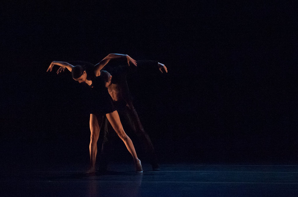 Ana Lopez and Garrett Anderson of Hubbard Street Dance Chicago in Alejandro Cerrudo's  Deep Down Dos . photo: Natalia Perez