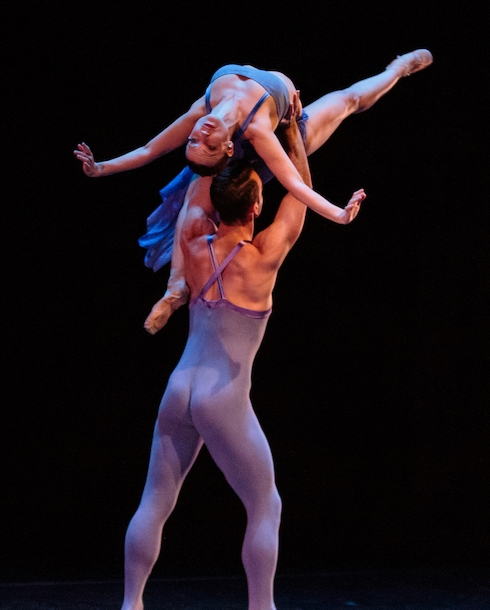 Erin Yarbrough-Powell and Ben Needham-Wood of Smuin Ballet in Stanton Welch's  Indigo . photo: Alex Reneff-Olson
