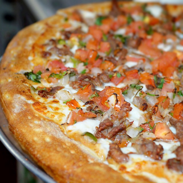 Carne Asada. Believe us, it tastes as good as it looks. 714.526.6267 #bestpizza #pizza #combospizza #oc #fullerton #eatatcombos