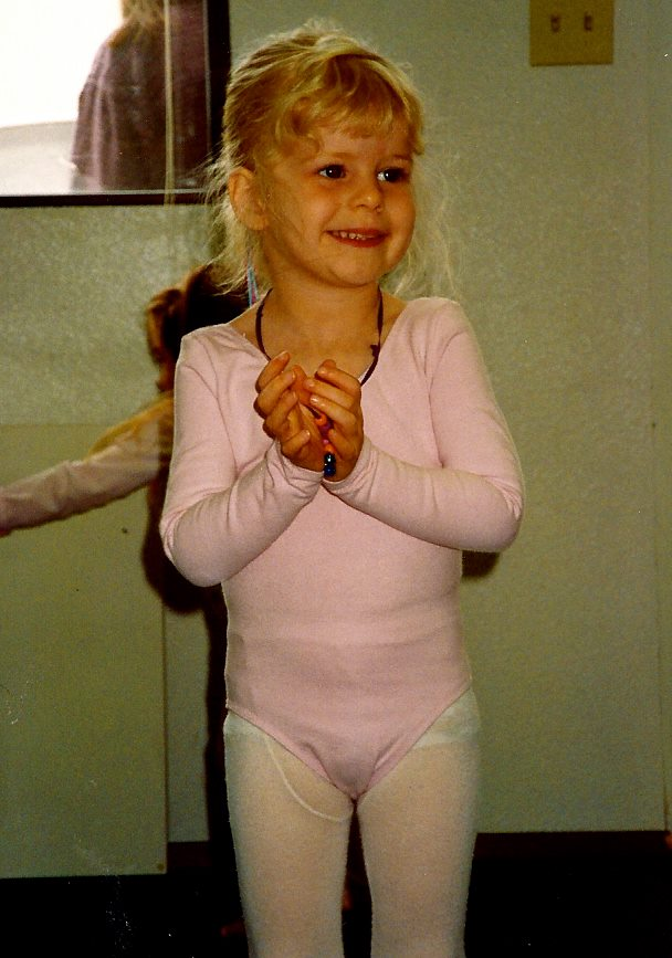 Adorable, dancing, baby Ellen!