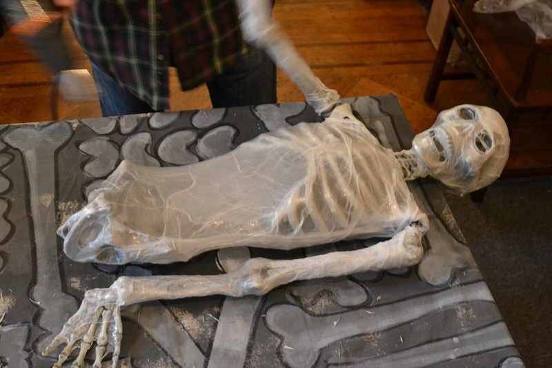 corpse_making_9.13.1445.JPG