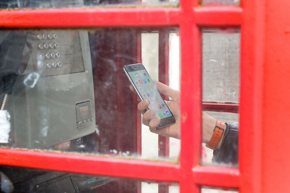 iPhone6phonebox.jpg