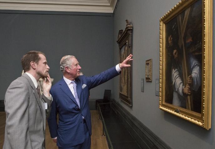 查尔斯王子参观米开朗琪罗及友人特展