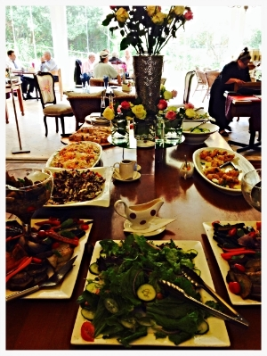 Some of the delicious food on the Lunch Buffet Menu