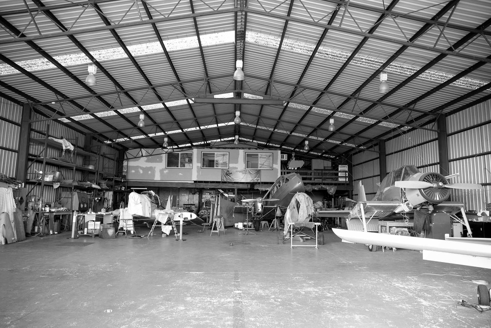 in_venus_veritas_australian_aerobatics_academy_hanger-36.jpg