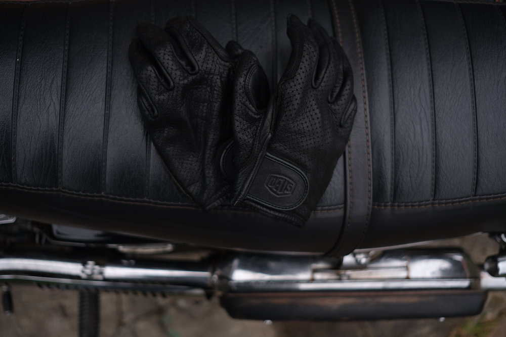 ivv_jo_mcewan_deus_mesh_gloves_3.JPG