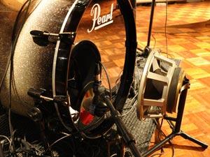 Muziekstudio   Opnamestudio   Geluidsstudio   Studio Spitsbergen - drum recording subkick.jpg