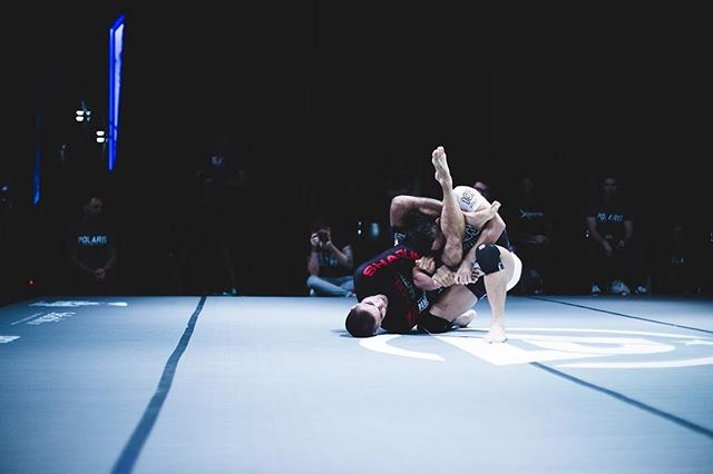 Vitor Shaolin X Caol Uno #Polaris5 @vitorshaolin @caoluno • Watch the full match now on @ufcfightpass as well as the whole Polaris 5 event. Picture by @_mr_jarvis_ . . . #Polaris #Pro #Polaris5 #P5 #Projiujitsu #Professional #Grappling #BJJ #BrazilianJiujitsu #JiuJitsu #Sub #Submission #Event #Gi #DoGi #NoGi #Newaza #Judo #Wrestling #MMA #Sports #Fitness #Active #Fight #UFC #MartialArts