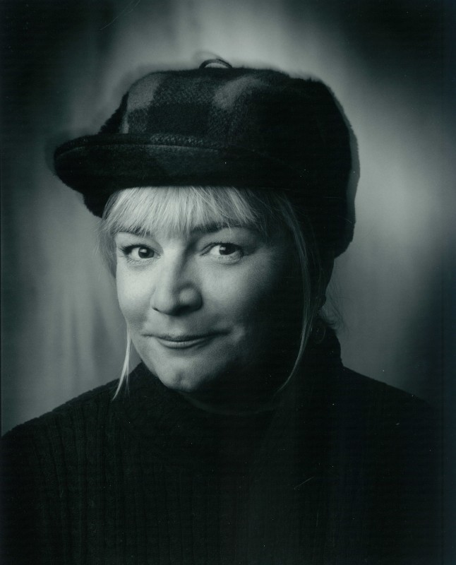 laurie_kratochvil_photo.jpg
