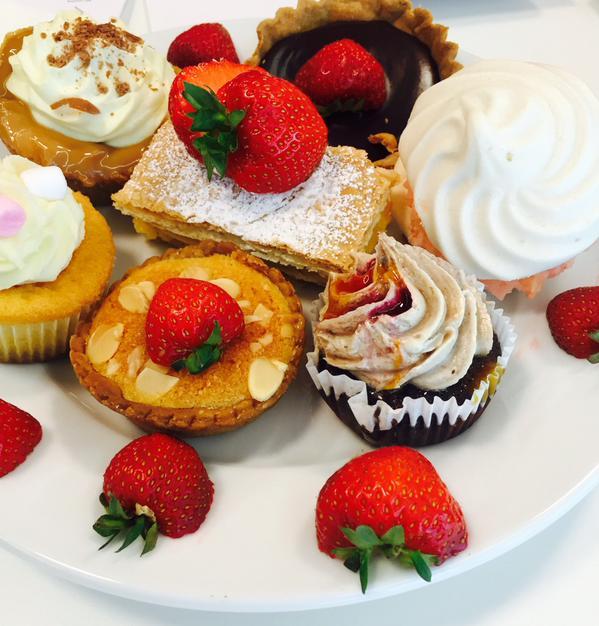 PJ taste cake selection