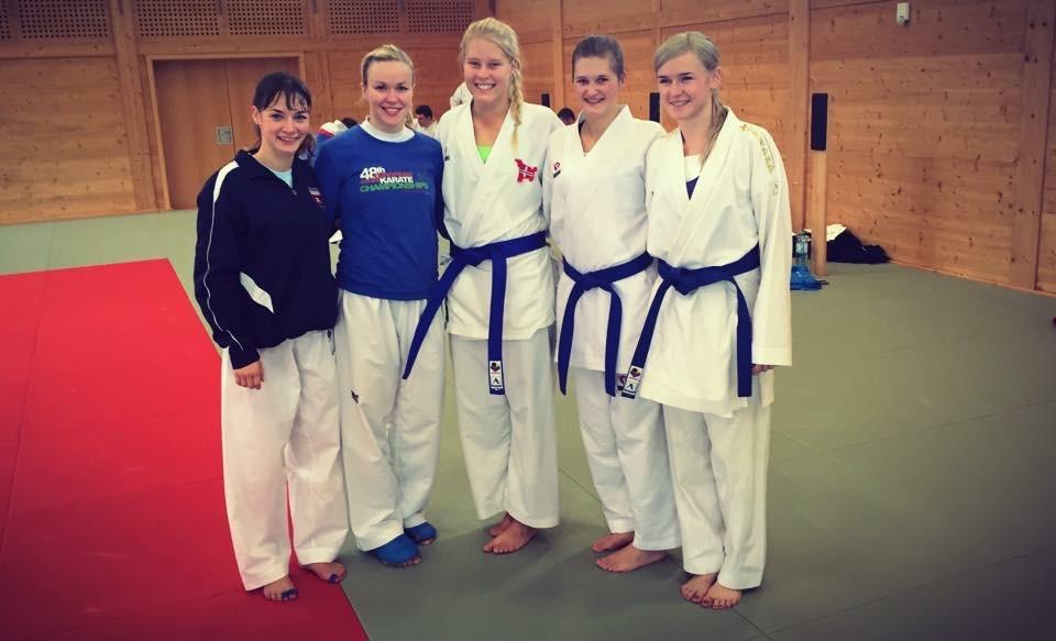 Jentene på samlingen, Bettina Plank - Europamester fra Østerrike, Lina Pusnik fra Solvenia, Lotte Andersen og meg fra Norge og Anita Serogina- Europamester fra Ukraina.