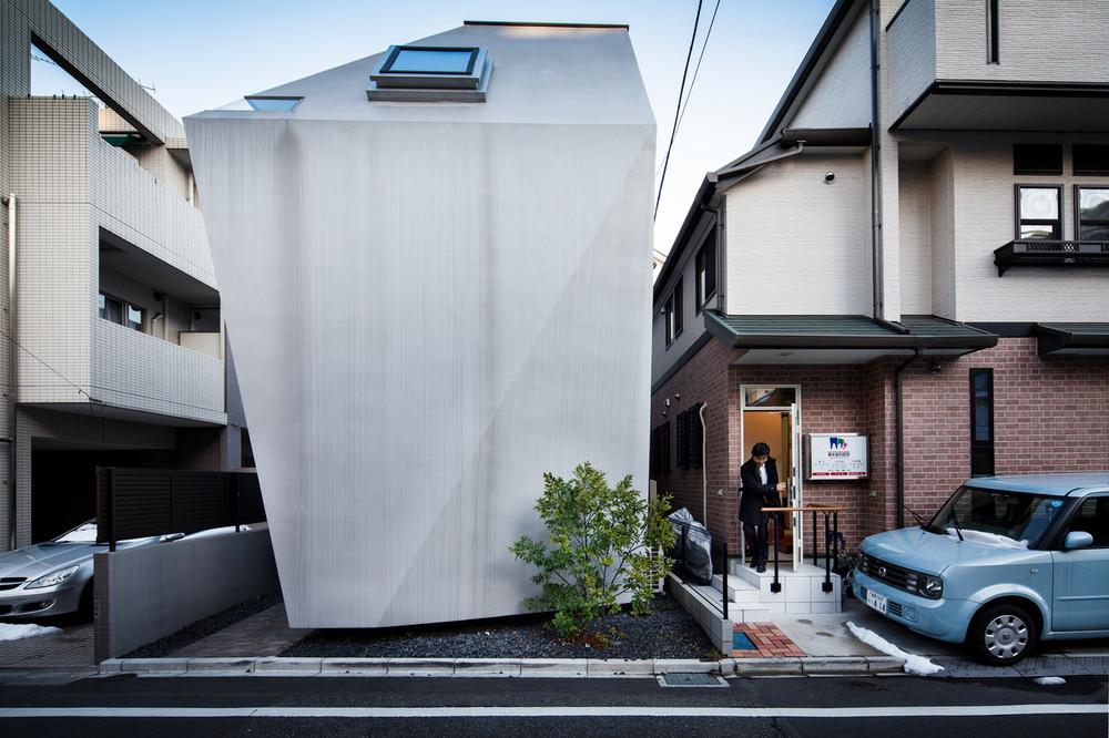 BB House by architect Yo Yamagata - Jeremie Souteyrat.jpg